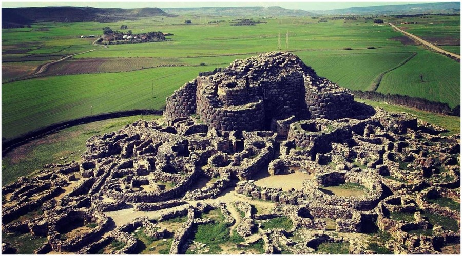 Les forteresses nuragiques, Sardaigne