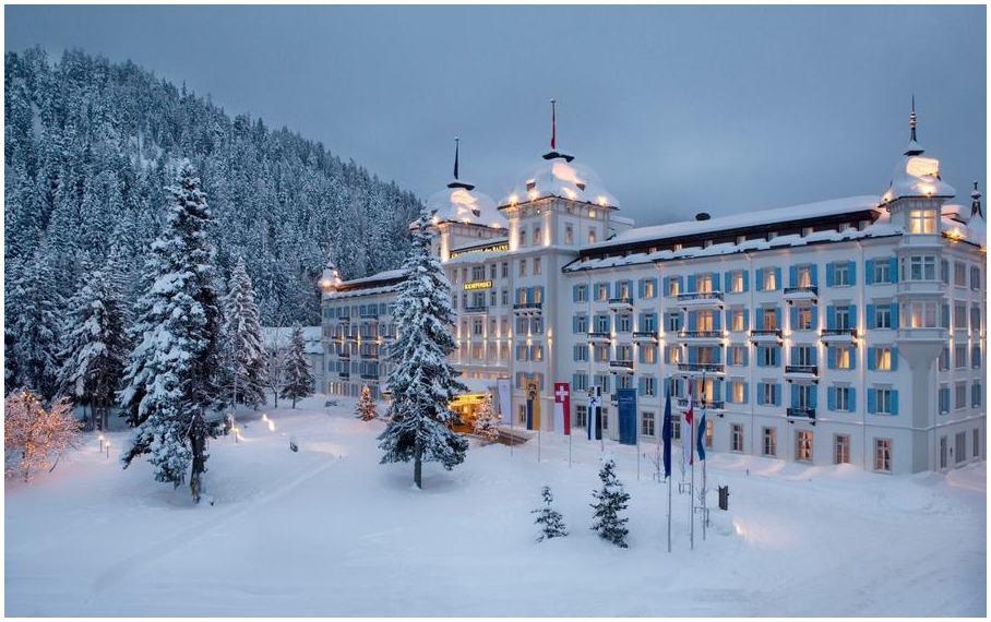 St-Moritz-suisse-vie-nocturne